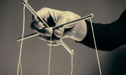 Καταπίεση και χειραγώγηση – Ο λάθος δρόμος